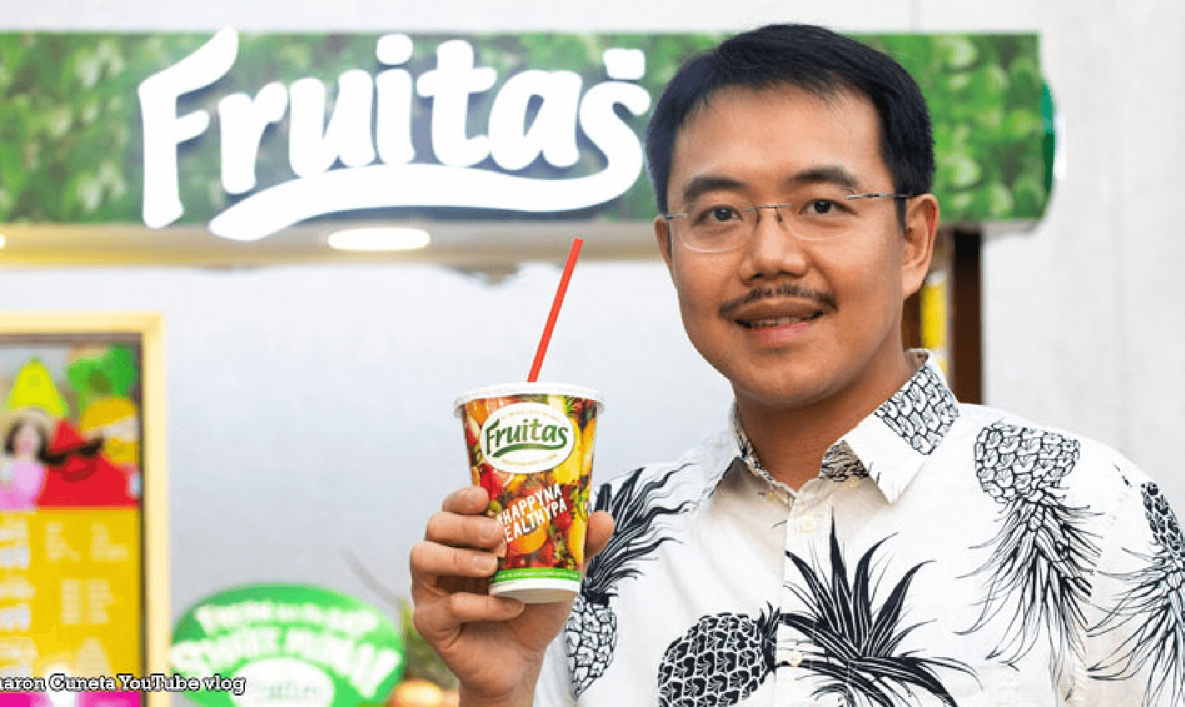 lester-yu-of-fruitas-the-king-of-fresh-juice-stands-in-philippines